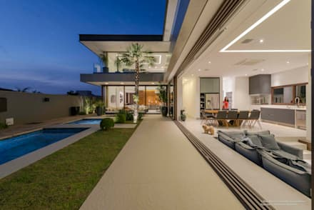 minimalistic Houses by Padovani Arquitetos + Associados