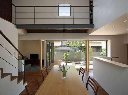 modern Garden by 柳瀬真澄建築設計工房 Masumi Yanase Architect Office
