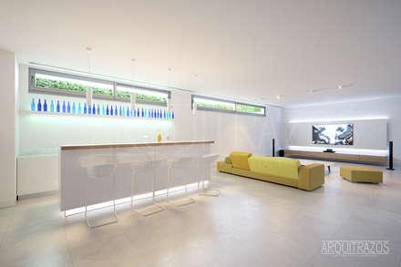 Interior, sala polivalente: Salas multimedia de estilo minimalista de ARQuitrazos