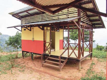 : Comedores de estilo rural por Ensamble de Arquitectura Integral