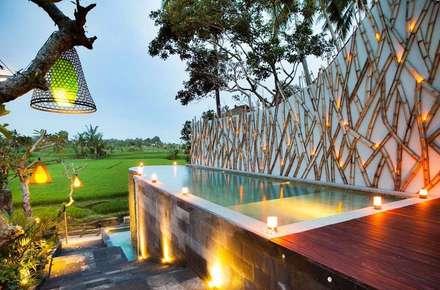 Ubud Padi Villas:  Hotels by WaB - Wimba anenggata architects Bali