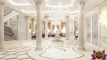   Perfect interior design from Katrina Antonovich:  Corridor & hallway by Luxury Antonovich Design