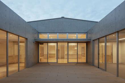 Clinics by ピークスタジオ一級建築士事務所