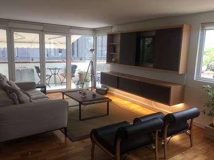 Remodelación Departamento en Alonso de Cordova, RM: Livings de estilo moderno por GY3 Arquitectos. spa