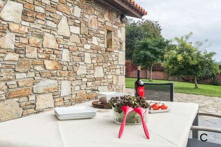 TERRAZA: Terrazas de estilo  de CCVO Design and Staging