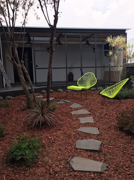 Jardines zen de estilo  por Berkana Shop