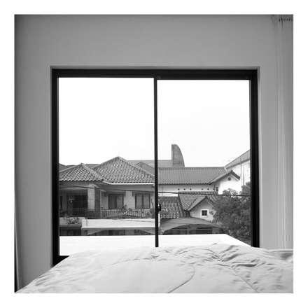 Master Bedroom View:  Jendela by studiopapa