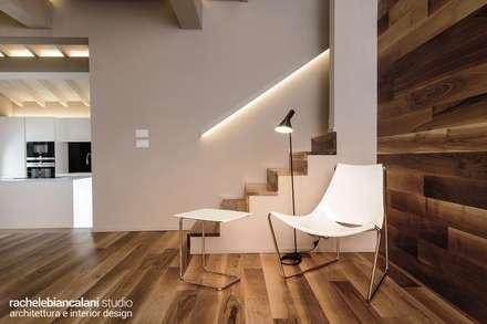 : Ingresso & Corridoio in stile  di Rachele Biancalani Studio - Architecture & Design