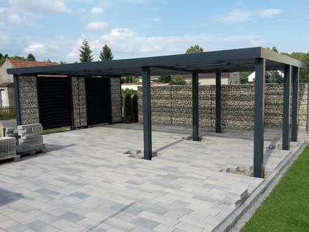Garajes abiertos de estilo  de Steelmanufaktur Beyer