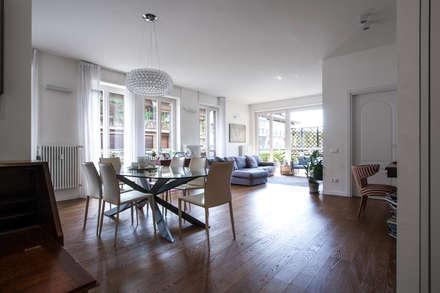 37VM_Ristrutturazione di un appartamento a Como: Sala da pranzo in stile in stile Moderno di Chantal Forzatti architetto