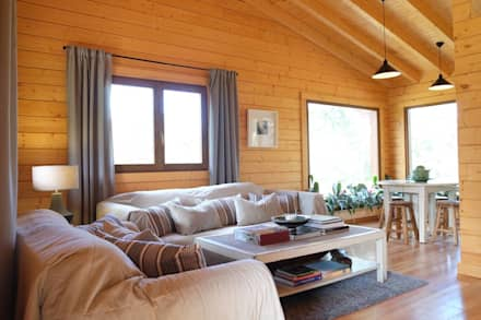 RUSTICASA | Pine Cottage | Zambujeira do Mar: Salas de estar campestres por Rusticasa