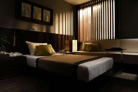 二子玉川riseMR: 株式会社240design studioが手掛けた寝室です。