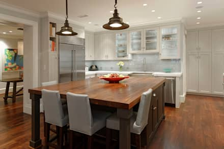 Luxury Kalorama Condo Renovation in Washington DC: classic Kitchen by BOWA - Design Build Experts