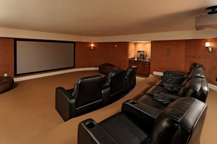 Purchase Consultation and Whole House Renovation in Potomac, Maryland: classic Media room by BOWA - Design Build Experts