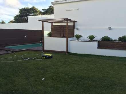 Jardim: Jardins ecléticos por Living Atmosphere