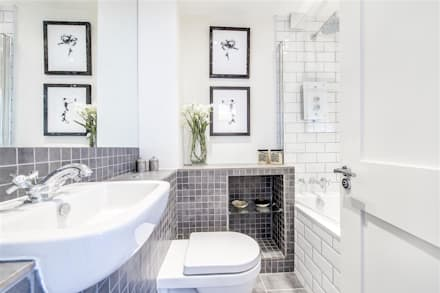 Bristol House: modern Bathroom by Maxmar Construction LTD