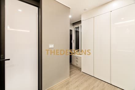 modern Dressing room by thedesigns