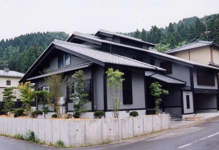 外観2: verita 一級建築士事務所が手掛けた家です。