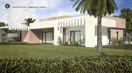Moradia V3 – Setúbal | a.b. 170,00 m2 (construção LSF/aço leve): Jardins de fachada  por ATELIER OPEN ® - Arquitetura e Engenharia