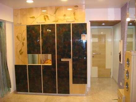 Moderne Badezimmer Von Shrishti Associates
