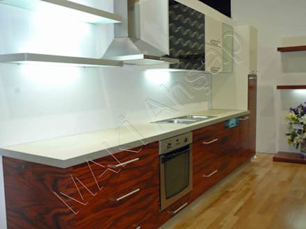 Kitchen units by Maki Ahşap ve Metal Mobilya San. ve Tic. Ltd. Şti.
