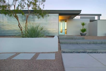 Private Houses: modern Garden by M/s GENESIS