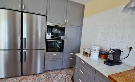 Reforma y apliación de villa en Pinares de San Antón (Málaga): Cocinas de estilo rústico de Famaser reformas y construcción