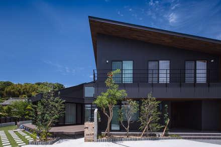ツドイノイエ: Studio REI 一級建築士事務所が手掛けた家です。