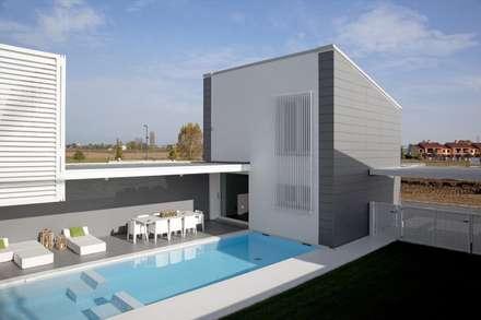 Villa a schiera idee immagini e decorazione homify - Casa a schiera progetto ...