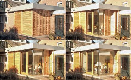 Wisselende beelden in het exterieur: moderne Eetkamer door Roorda Architectural Studio
