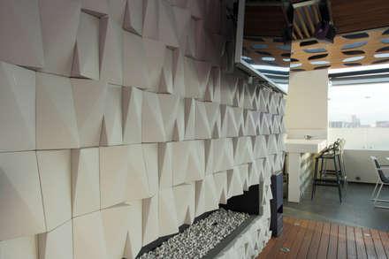 modern Media room by STUDIO COCOONS
