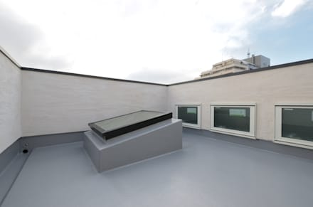 前田敦計画工房의  지붕
