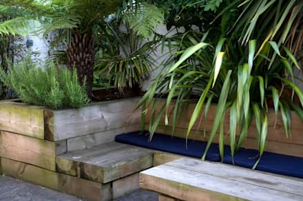 Outdoor Living Garden design in South London: eclectic Garden by Earth Designs