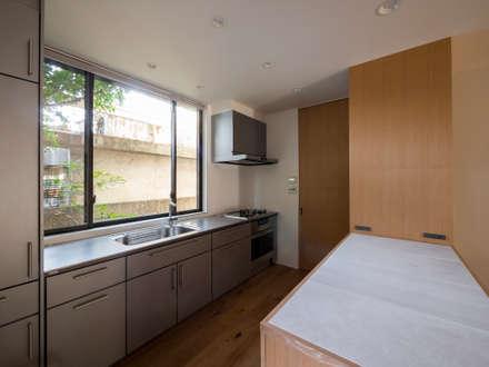 Встроенные кухни в . Автор – 株式会社エキップ