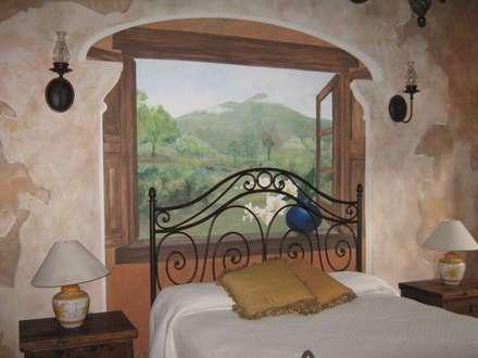 Bedroom: colonial Bedroom by worldmural