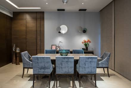 Apartment in Juhu: eclectic Dining room by Rakeshh Jeswaani Interior Architects