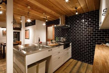 house-09(renovation): dwarfが手掛けたキッチンです。