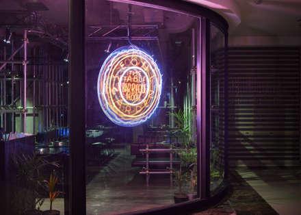 Seoul Garden:  Restoran by KERA Design Studio