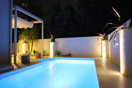 千葉県 個人N邸  (5.0m×2.5m レクタングル形状): プールカンパニー 株式会社プロスパーデザイン プール事業部が手掛けたビーチハウス・クルーザーです。