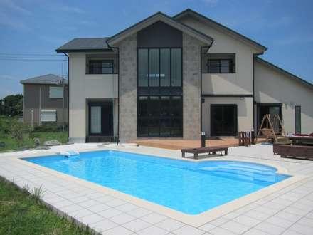 千葉県 個人N邸  (8.0m×4.0m レクタングル形状): プールカンパニー 株式会社プロスパーデザイン プール事業部が手掛けたビーチハウス・クルーザーです。
