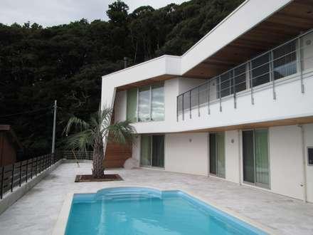 千葉県 個人T邸  (8.0m×4.0m レクタングル形状): プールカンパニー 株式会社プロスパーデザイン プール事業部が手掛けたビーチハウス・クルーザーです。