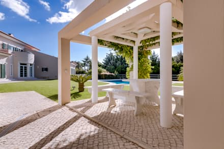 Luxuosa Propriedade na Penha Longa / Sintra - Luxury Property in Penha Longa / Sintra: Jardins clássicos por Ivo Santos Multimédia