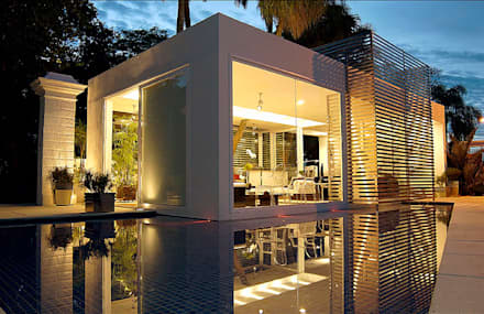 Portas de vidro  por Izilda Moraes Arquitetura