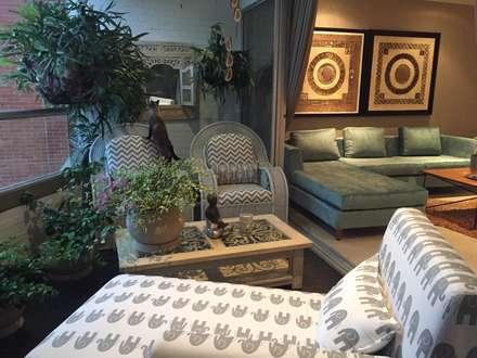 Terraza y Zona de Relajación y Meditación: Terrazas de estilo  por Obras Son Amores