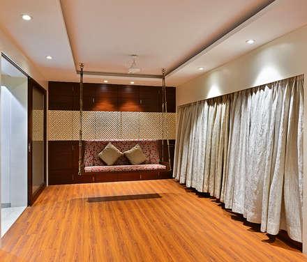 Khar Residence: modern Media room by SM Studio