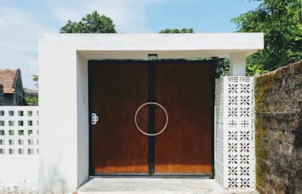 Front doors by RÂU ARCH