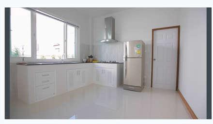 Built-in kitchens by บริษัท ถาวรเจริญทรัพย์ จำกัด