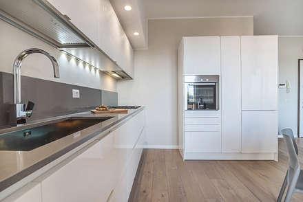 Ristrutturazione appartamento Milano, Pioltello: Cucina in stile in stile Moderno di Facile Ristrutturare