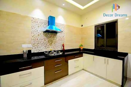 Independent Bungalow - Mr. Modi: scandinavian Kitchen by DECOR DREAMS