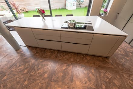 The unconventional kitchen island:  Built-in kitchens by John Gauld Photography